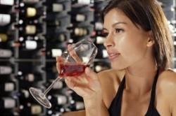Употребление алкоголя - причина ларингита